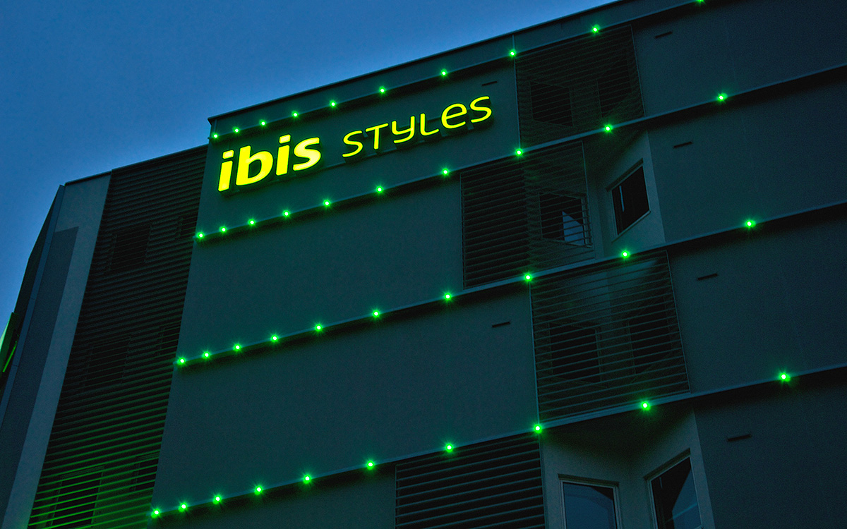 Hotel_Ibis_LEC_02_HD_1200px