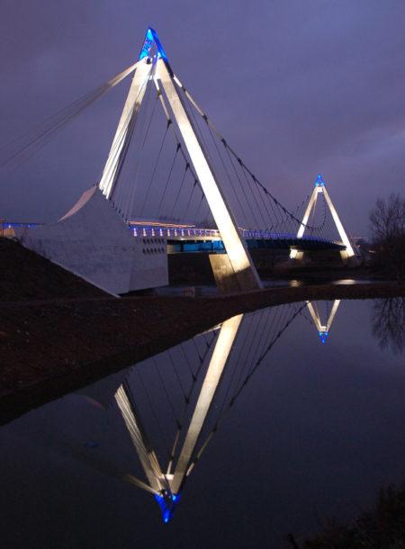 Pont_sur_Loire_01_HD